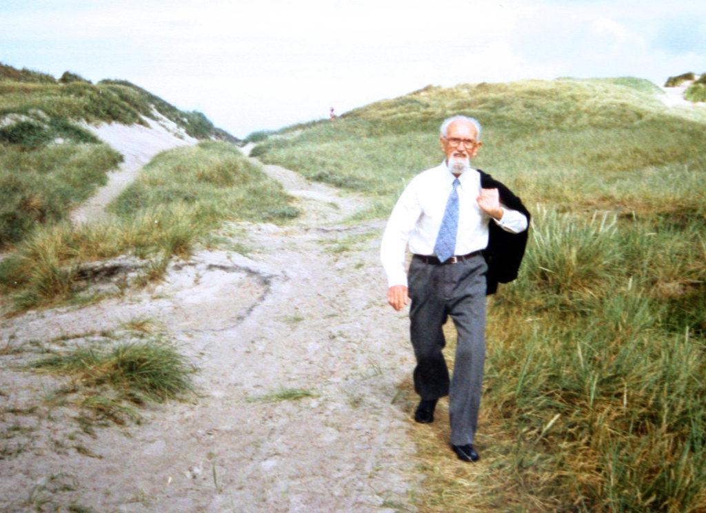 knud-aage-ved-strand